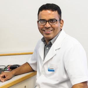 Dr Senthil Subramaniam